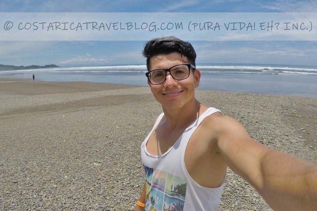 Ricky; Playa Dominical